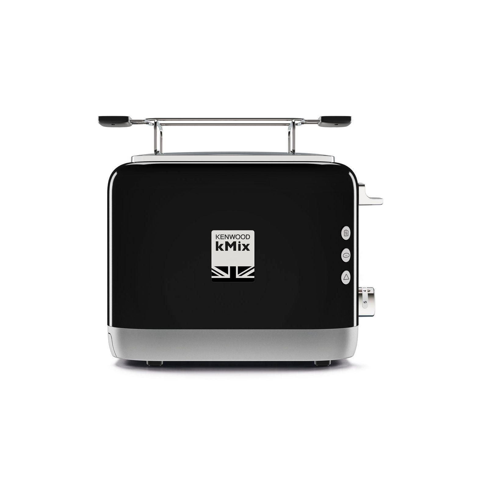 Комплект: Электрочайники ТостерПРОМО8: электрочайник ZJX740BK+Тостер TCX751BK - кухонный набор от известного бренда Кенвуд. Чайник мощность 2200 Вт позволит напоить всех членов семьи в считанные минуты. Модель оснащена прорезиненной рукояткой, которая удобно лежит в руке, и поворотной основой. Чайник снабжен индикатором уровня воды с подсветкой для удобства использования. С тостером пользователь сможет самостоятельно контролировать процесс прожарки тостов. Устройство также снабжается решеткой для подогрева. Современный дизайн чайника и тостера выполнен в едином черном цвете с хромированными деталями.<br>