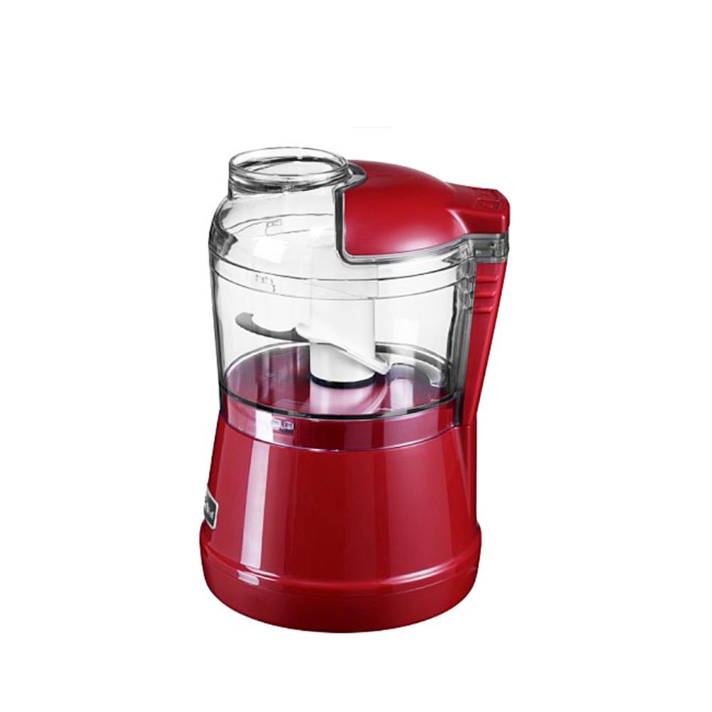 Измельчитель 830 мл.Измельчитель KitchenAid красный, объем 830 мл, создан специально для измельчения различных продуктов. Работает в двух скоростях: от простого измельчения до пюре. Измельчитель имеет встроенный нож, который не ржавеет. Внутри прибора есть место для хранения шнура. Съемные части измельчителя можно мыть в посудомоечной машине.<br>