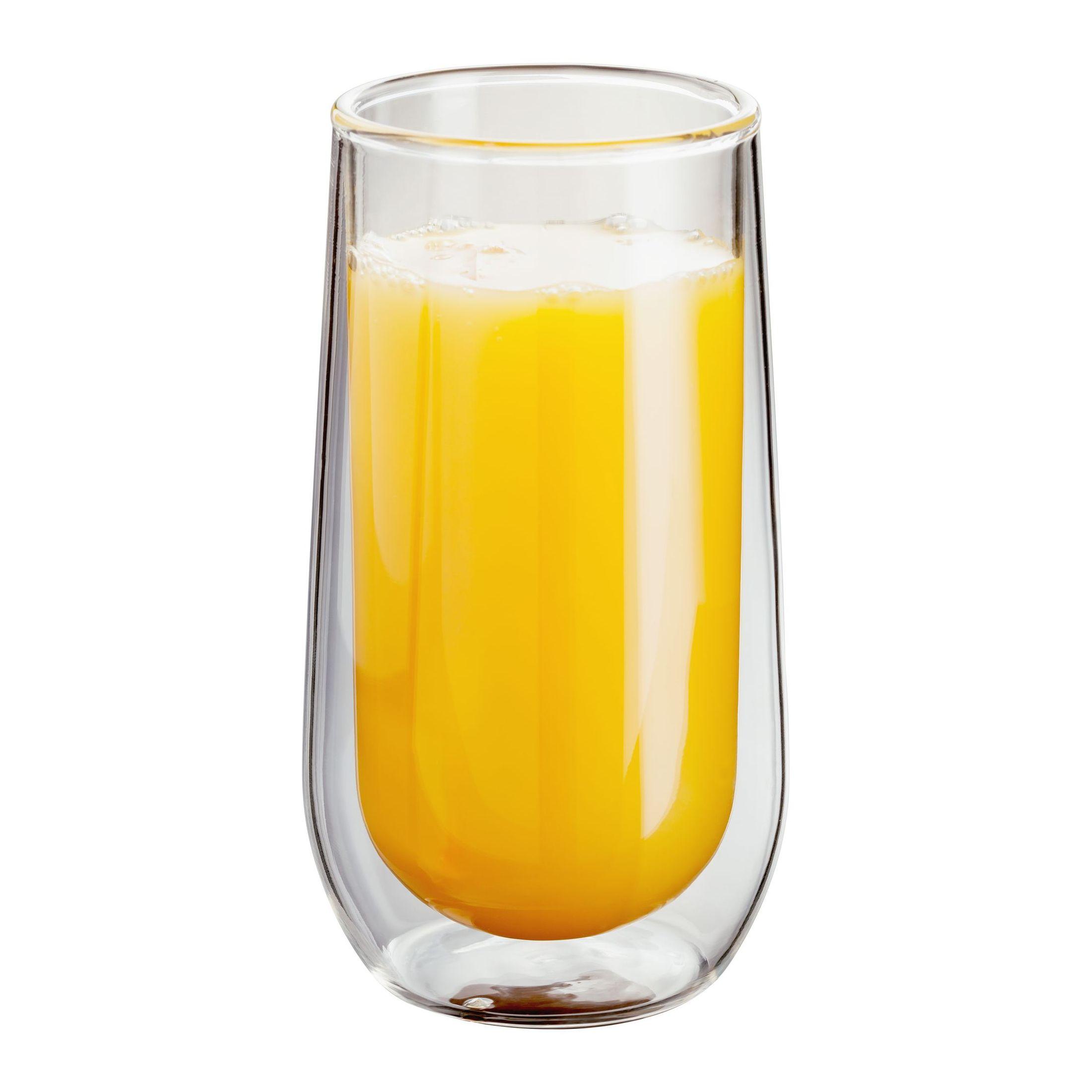 Judge Double WallНабор стаканов, 2 шт.Стеклянная термопосуда с двойными стенками. Сохраняет температуру напитка, не обжигает руки. Холодные напитки остаются холодными без дополнительного охлаждения. На стаканах не образуется конденсат. Футуристический дизайн. Закалённое стекло - устойчиво к царапинам и перепадам температур (от 0 до 100 гр.С). Можно мыть в посудомоечной машине.<br>