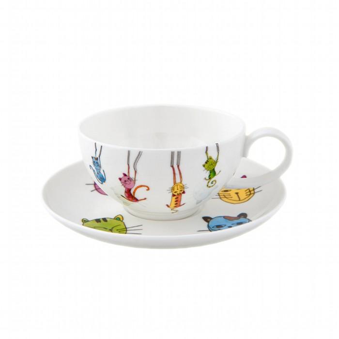 Набор Чашка с блюдцем ПаркурЧаша с блюдцем Паркур изготовлены из высококачественного костяного фарфора белого цвета и декорированы оригинальным ярким рисунком. Такой набор прекрасно подойдет для Вашей кухни и украсит Ваше чаепитие.<br>