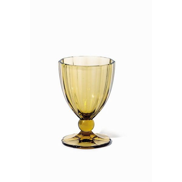 Бокал для воды ANAIS 420 мл желтыйСозданный итальянскими дизайнерами интересный бокал для воды из стекла станет прекрасным дополнением вкусного коктейля. Форма бокала разработана спецыально для того, чтобы бокал было удобно держать в руке и наслаждатся с него различными прохладительными напитками.<br>