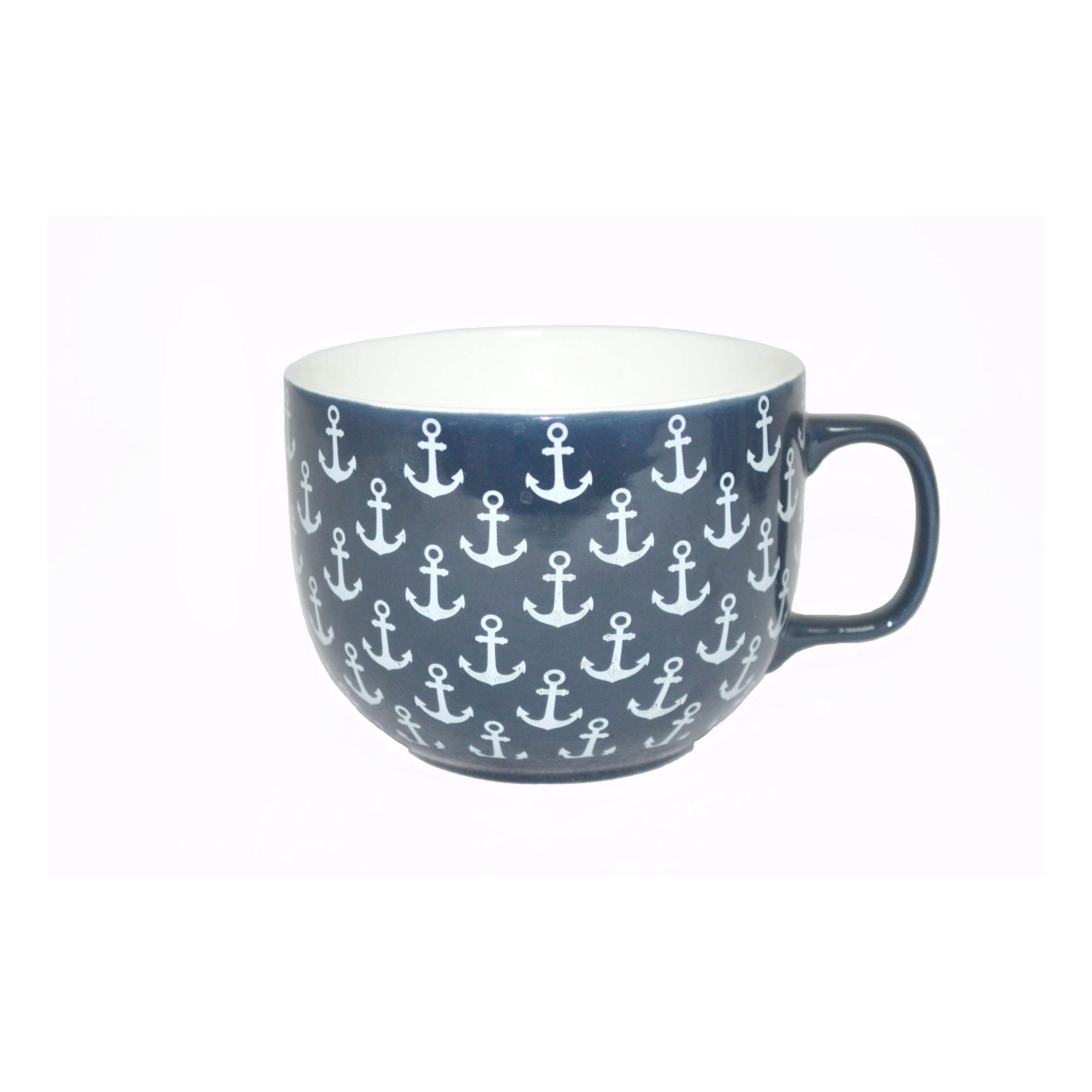 Бульонница фарф 450мл Гавань ТМ RainbowБульонница Гавань ТМ Рейнбоу представляет собой классическую чашку для сервировки жидких продуктов. Она имеет оптимальный объем для подачи супов, напитков и десертов. Модель выполнена из высококачественного и прочного фарфора, который изготавливается по современной технологии без использования свинца и прочих токсичных веществ. Ее можно мыть в посудомоечной машине с остальной посудой. Элегантный классический принт выполнен новейшим методом нанесения, поэтому не стирается и не выцветает даже после регулярного использования. Бульонница Гавань подходит для дома, а также для кафе и прочих мест общественного питания.<br>