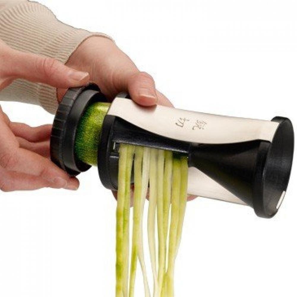 Подарочный набор Спирелли + кухонный пинцетОвощерезка со спералевидным ножом поможет вам легко нарезать разные  овощи в тонкие спиральки. Такая форма овощей удобна для приготовления салатов, тушения овощей, а также для украшения ваших изысканных блюд.<br>