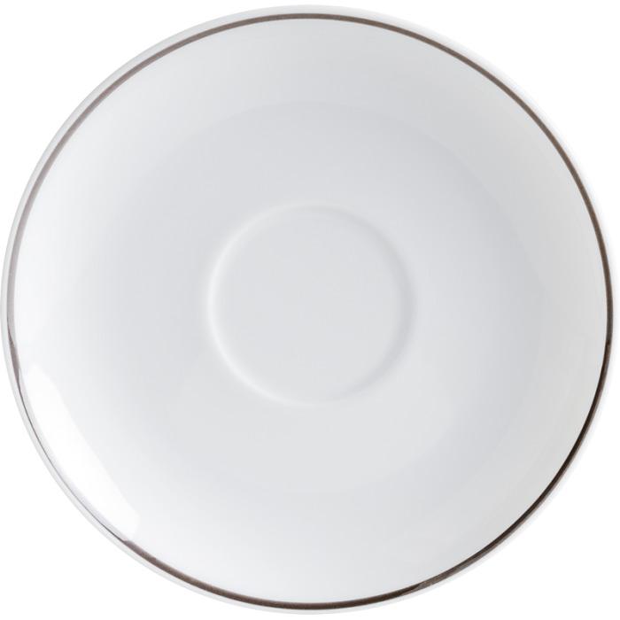 Блюдце 15 см, ExcellentФарфоровое блюдце станет великолепным дополнением к чашкам коллекции Aronda от Kahla. Оно добавит необходимый штрих вашей чашке и поможет избавить от пятен на скатерти. Коллекция Aronda от Kahla это вопрощение классических форм и узоров. Она привлекает своей красотой и практичностью. Придает тепло и уют в вашем доме.<br>