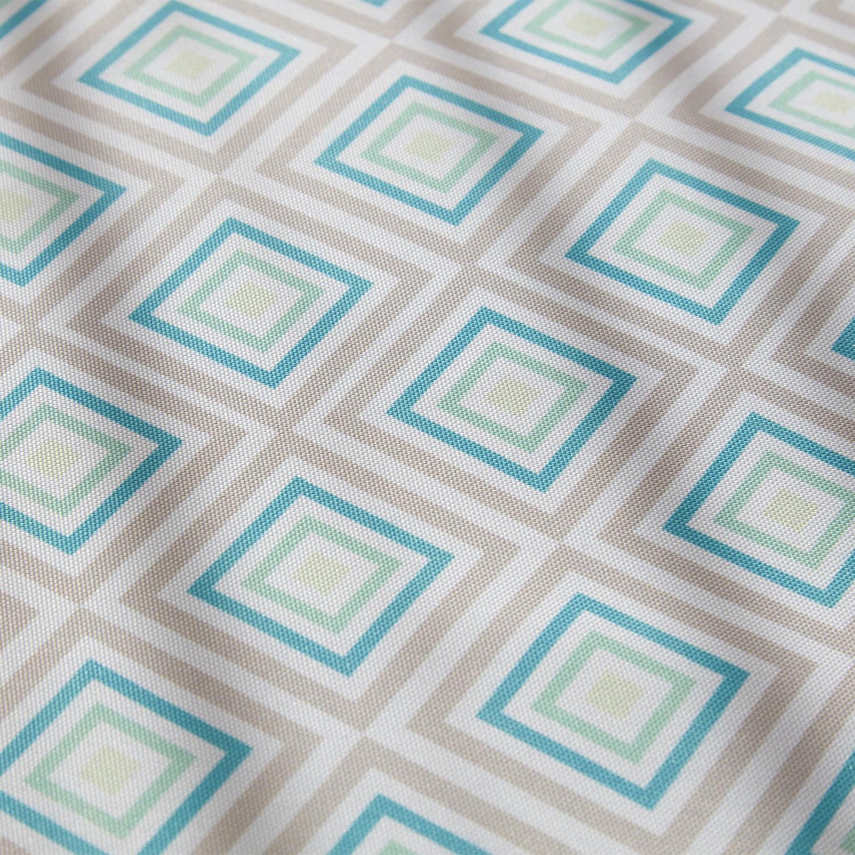 Скатерть Geometrie Оксфорд 140x220Любите прямые линии, избегаете излишней броскости и пестрых цветов? Тогда скатерть Геометри Оксфорд – то, что вам нужно. Неброский, но интересный узор из геометрических фигур в нежных цветах эффектно выделит обеденный стол и сделает прием пищи еще приятнее. Материал ткани практичный, гладкий, не теряет вид после стирки. Где заказать скатерть Magia Gusto? Купить продукцию бренда Магиа Густо очень легко в нашем интернет-магазине. Просто добавьте товар в корзину и оформите заказ. Оплатить его можно сразу же или при получении. Мы доставим покупку быстро – по Москве в тот же день или на следующий. В регионы возможна курьерская доставка или в пункт выдачи БоксБерри.<br>