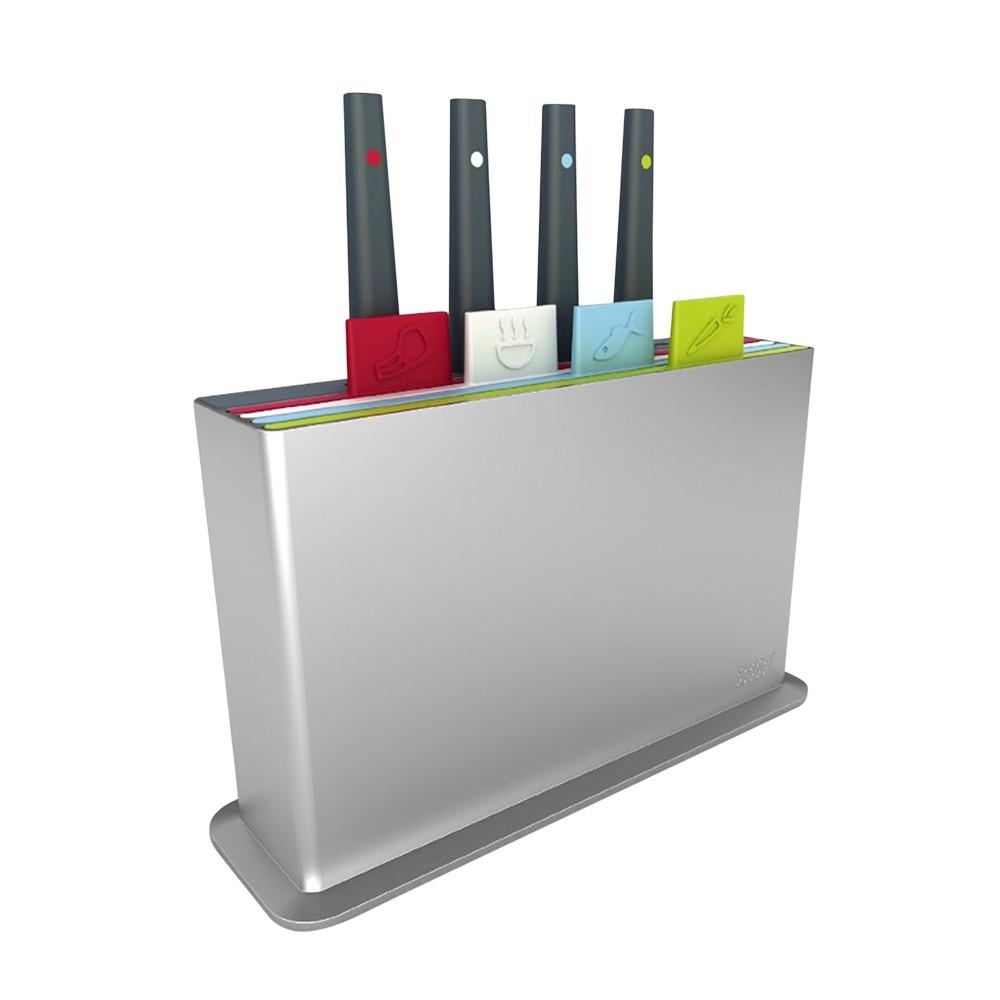 Набор досок разделочных с ножами Index™ 15 серебристыйРазделочные доски очень гармонично впишутся в любой кухонный интерьер. В набор входят доски, маркированные расцветкой и специальным ярлыком, который служит для обозначения продуктов. Ножи, изготовленные из высокачественной нержавеющей стали прослужат вам долгие годы.<br>