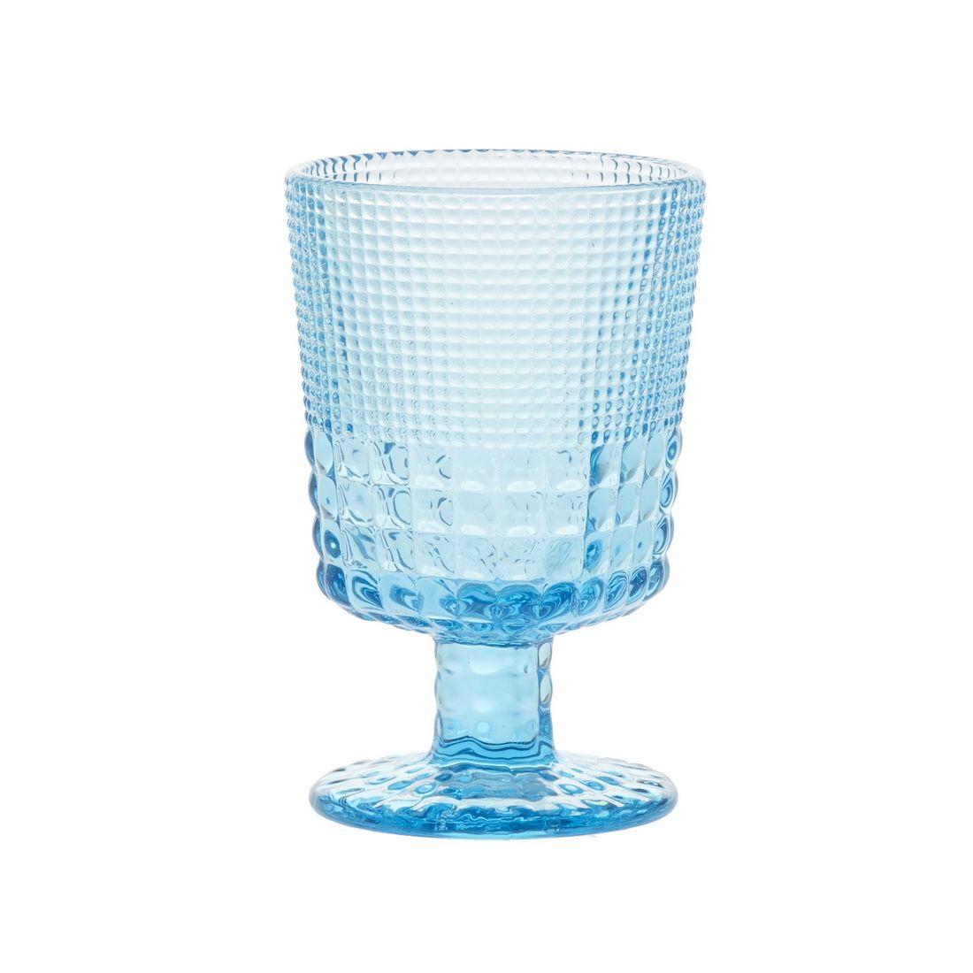 Бокал для белого вина Royal drops, голубойБокал для белого вина Ройял дропс известного производителя Магиа Густо станет эстетичным дополнением изысканной сервировки стола. Он будет уместен не только в праздничные дни, но и на семейных обедах и ужинах. Эта емкость удобна для любых напитков, в том числе воды, сока, морса. Бокал отлит из красивого голубого стекла, которое поможет создать великолепную цветовую гамму как на посудной полке, так и в ряду сервированных праздничных приборов. Стекло прочное и легко отмывается.<br>
