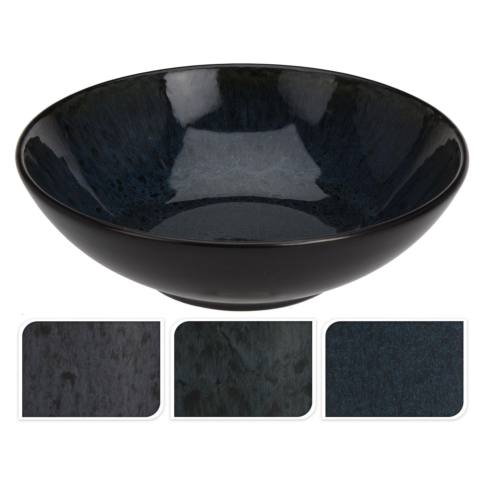 Миска 18x5,5Стильная миска Excellent Houseware – это универсальный предмет посуды, который можно использовать для различных целей. Размеры миски составляют 18x5,5 см, поэтому она прекрасно подходит для первых и вторых блюд, а также в нее можно складывать фрукты и овощи. Посуда выполнена в темном цвете, поэтому в ней будут эффектно смотреться яркие блюда. Асимметричные разводы на посуде напоминают природный материал. Миска выполнена из прочного материала, который легко моется, а также не скалывается и не трескается во время длительного использования. Благодаря своей компактности миска помещается в холодильник или в шкафчик для хранения посуды.<br>