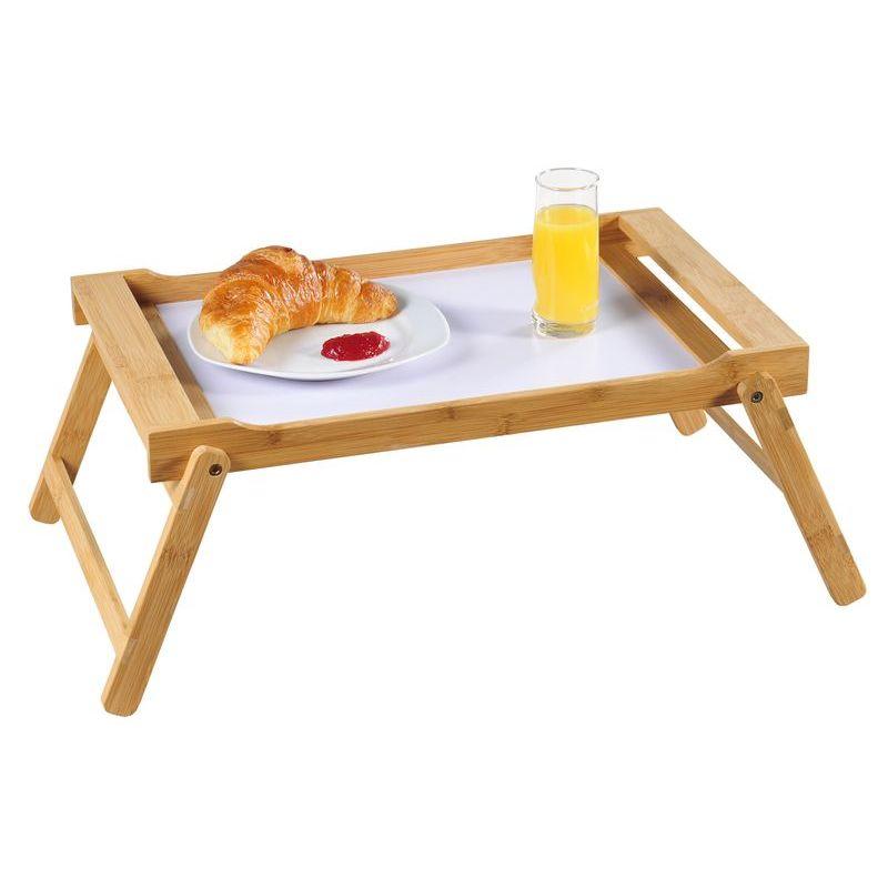 Столик сервировочныйУдобный сервировочный столик Kesper выполнен из высококачественной древесины бамбука, обладающей антибактериальными свойствами. Изделие  имеет складные ножки, поэтому может использоваться как столик. Благодаря двум ручкам вы сможете с легкостью переносить поднос, а удобные ножки надежно удержат его на любой поверхности.<br>