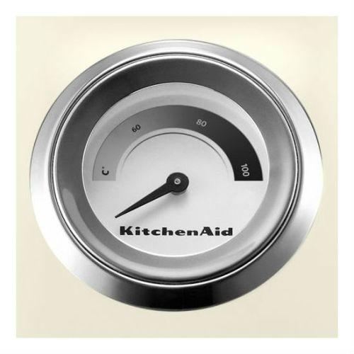 Электрочайник объемом 1,5 л, встроенный индикатор температуры кремовыйДвустенный электрочайник KitchenAid отличается превосходным дизайном и сочетает в себе множество функций. С таким чайником возможно настраивать температуру приготовления в соответствии с вашими предпочтениями. Двойные стенки чайника поддерживают воду горячей в течение длительного времени. Электрочайник станет незаменимым предметом на вашей кухне. Ёмкость: 1,5 л.<br>