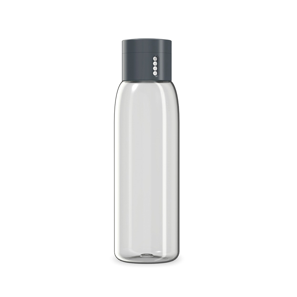 Бутылка для воды 600 мл. DotБутылка для воды Дот бренда Джозеф Джозеф выполнена в сером цвете. Это не только удобный сосуд для питья, но и полезное устройство, позволяющее контролировать количество потребленной за день жидкости. Это оценят в первую очередь спортсмены и те, кто соблюдает диету. Бутылка оборудована особой крышкой, которая позволяет подсчитывать число наполнений этой емкости. Бутылка для воды Дот изготовлена из инновационного и прочного материала тритан, из нее удобно пить, а широкое горлышко упрощает мытье бутылки и позволяет без труда засыпать в нее лед.<br>