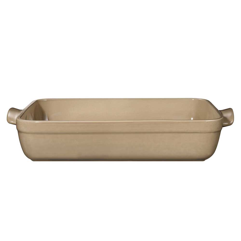 Форма для запекания прямоугольная 35*25,5см цвет:мускатEmile Henry это известный бренд, который дарит хозяйкам по всему миру высококачественную, разработанную с учетом новых кулинарных тенденций посуду. При производстве компания использует только природные материалы, что гарантирует здоровое приготовление пищи. Прямоугольная форма для запекания или форма для лазаньи мускатного цвета - это идеальное решение для современной хозяйки. С помощью такой посуды на Вашей кухне Вы сможете изготавливать не просто кексы и пироги, но и использовать форму для запекания горячих блюд в духовке. Выполненная из высококачественной керамики, а также благодаря своему покрытию, нежный мускатный оттенок навсегда останется таким, каким Вы его помните еще с магазинной полки.<br>