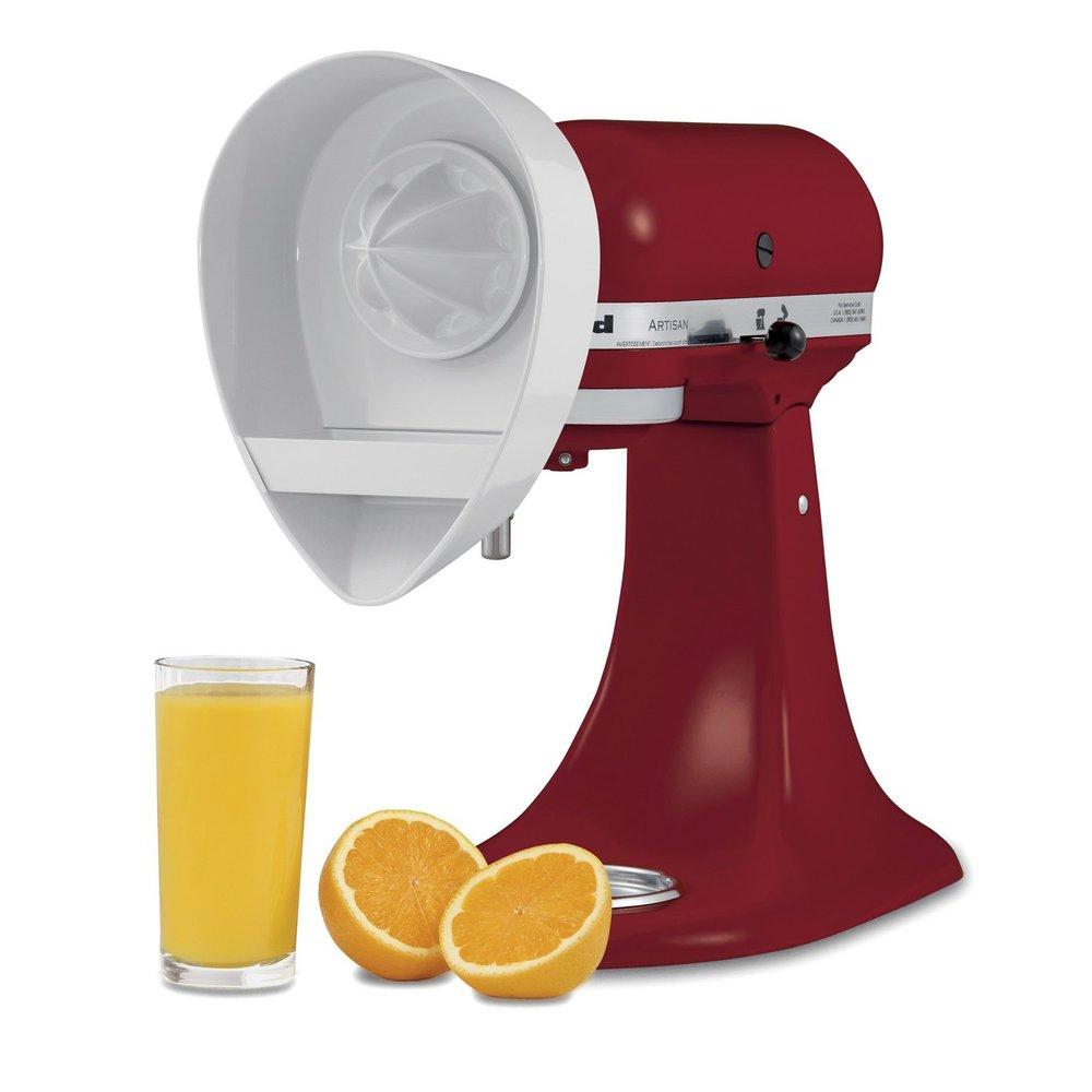 Насадка к миксеру-соковыжималка для цитрусовых Kitchen AidKitchenAid JE является дополнительной насадкой, устанавливающейся на планетарные миксеры KitchenAid. С ее помощью можно, не прикладывая особых усилий, приготовить вкусный свежевыжатый сок из апельсинов, грейпфрутов, мандаринов и других цитрусовых.<br>