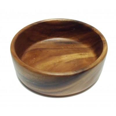 Салатница «Орех» большаяБренд Oriental Way уже более 15 лет создает стильную и высококачественную посуду из натуральной тропической древесины и бамбука. Салатник Орех имеет аккуратную красивую форму и подходит как для холодных закусок, так и для овощных салатов. Каждая стенка емкости покрыта специальным пищевым лаком, который является безвредным для организма, но при этом сохраняет посуду в идеальном состоянии на долгие годы. Это очень удобный предмет сервировки, который обязательно украсит Ваш дом и порадует гостей. Деревянная посуда не впитывает влагу и запахи, а также имеет долгий срок службы, по сравнению с другими материалами. Такая посуда может быть отличным подарком, ведь она отличается своим качеством и оригинальностью. Нельзя мыть в посудомоечной машине.<br>