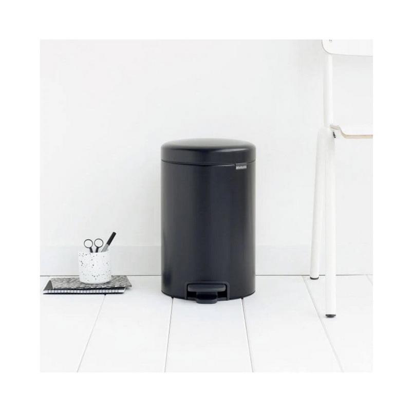 Купить Бак мусорный с педалью newIcon 12 л черный матовый, Brabantia