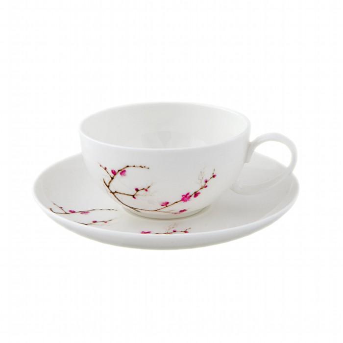 Набор чашка с блюдцем Цветущая сакураЧаша с блюдцем Цветущая сакура изготовлены из высококачественного костяного фарфора белого цвета и декорированы нежным цветочным рисунком. Такой набор прекрасно подойдет для Вашей кухни и украсит Ваше чаепитие.<br>