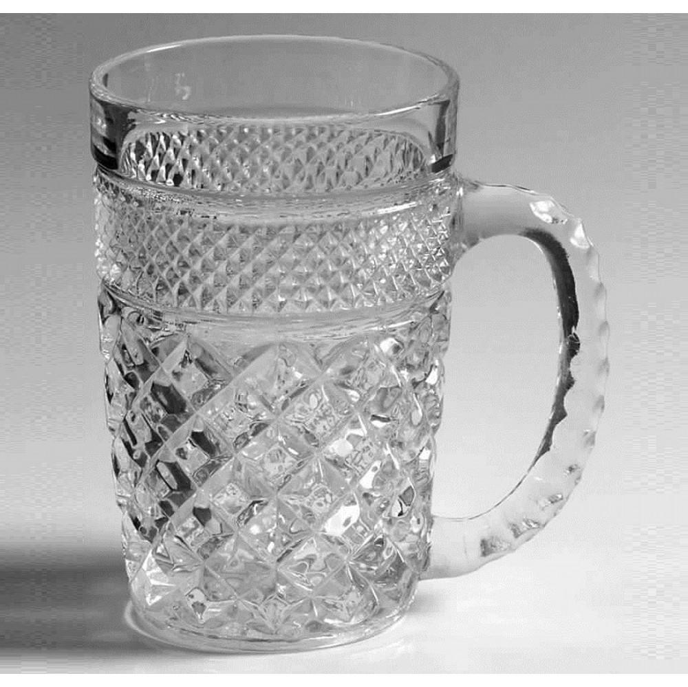 Кружка для пива, 320 млCrystalite Bohemia создает качественную и стильную посуду. Пивные кружки стали уже не просто изделием, выполняющим свои функции, но и настоящим шедевром. Они столь изысканны, красивы и элегантны, что становятся украшением стола.<br>