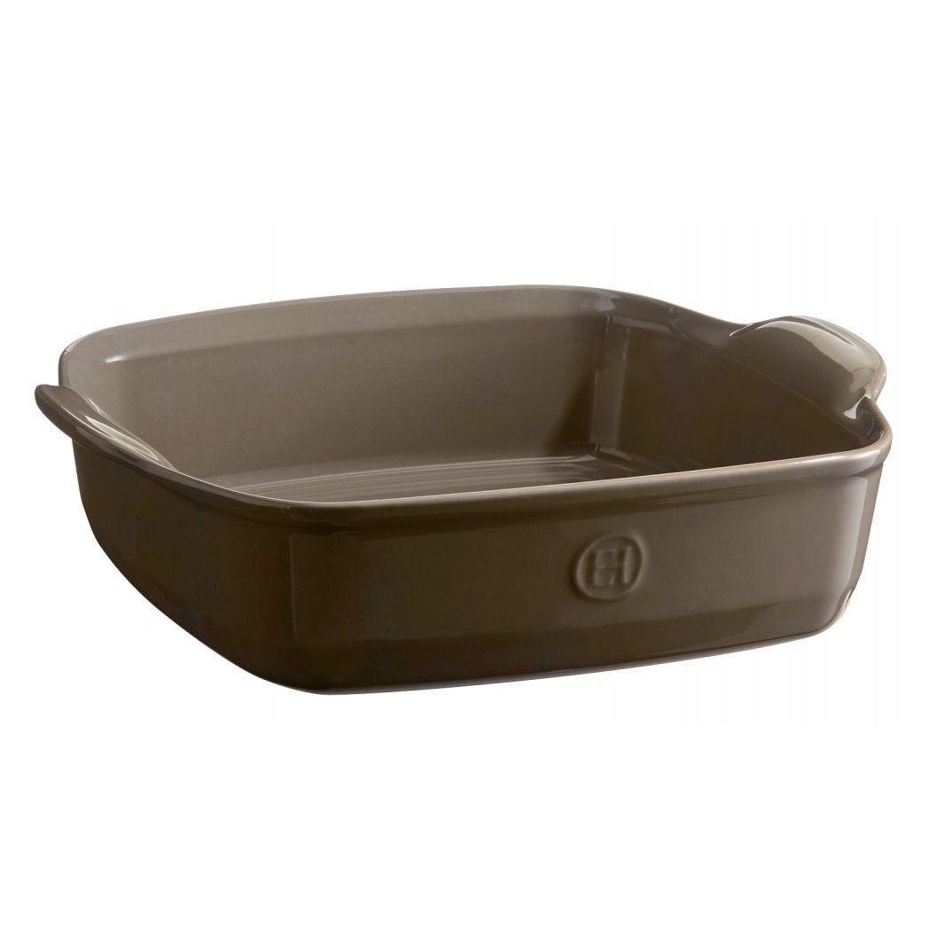 Форма для запеканияВысокопрочная керамика (HR ceramic®), из которой изготовлена форма, равномерно распределяет и сохраняет тепло, что идеально для приготовления запеканок, гратенов, лазаний. Форма достаточно вместительна, и в ней можно подавать блюда прямо на стол.<br>