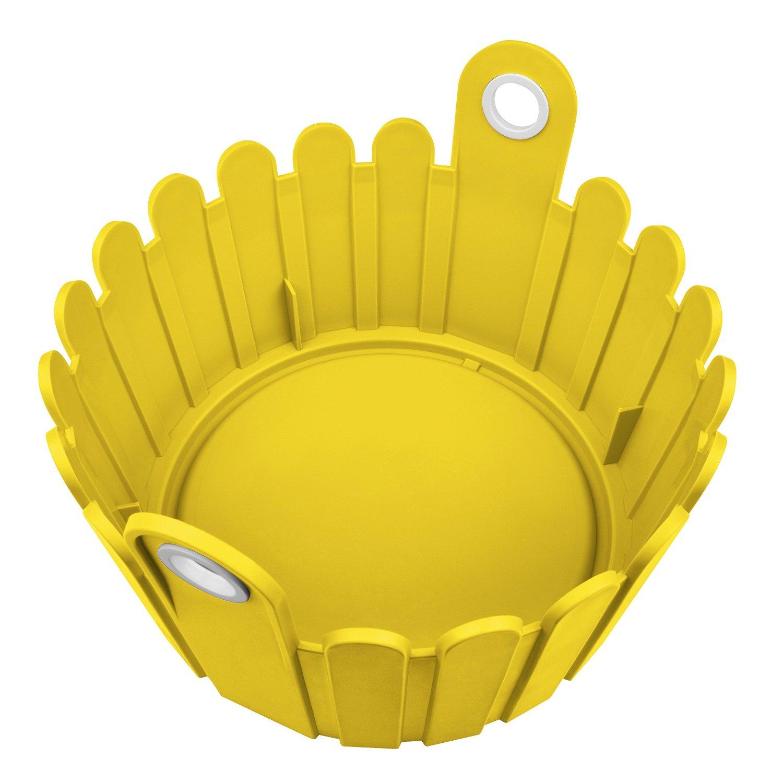 Кашпо LANDHAUS d26 см желтоеНемецкий бренд EMSA дарит жителям мегаполисов прекрасные аксессуары для дома и загородных домов, которые всегда радуют покупателей своим ярким и стильным дизайном и функциональностью. Кашпо из высококачественного пластика солнечного желтого цвета станет прекрасным украшением Вашего дома. Такой ящик будет прекрасно смотреться на балконе. В нем можно легко высадить комнатные растения или рассаду для дачи.<br>