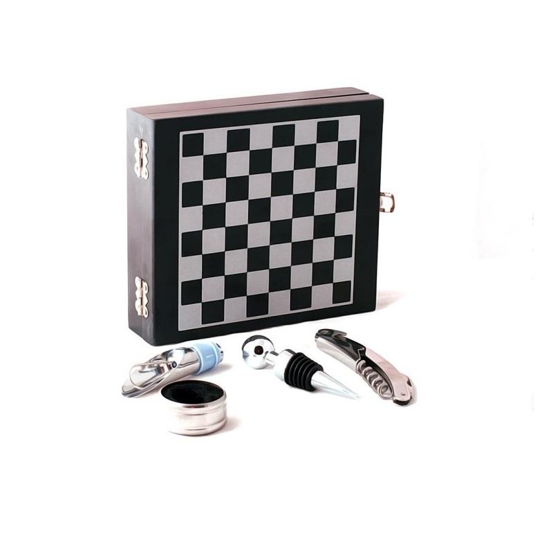 Набор Винный  гроссмейстерНеобычный набор Винный гроссмейстер - это отличный подарок для веселой компании. Включает в себя все необходимое для правильной подачи вина. Вам точно не будет скучно.<br>