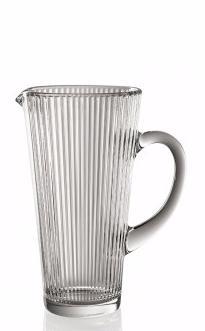 Кувшин для напитков DIVA 1,2 лОригинальный кувшин итальянского  производителя Vidivi из серии Diva сделан из высококачественного стекла. Необычный дизайн и форма украсят любой интерьер. Он станет отлично впишется в уже имеющуюся коллекцию вашей посуды или станет хорошим подарком для ваших друзей и близкихКувшин подходит для подачи на стол ваших напитков, компотов, соков или вина.<br>