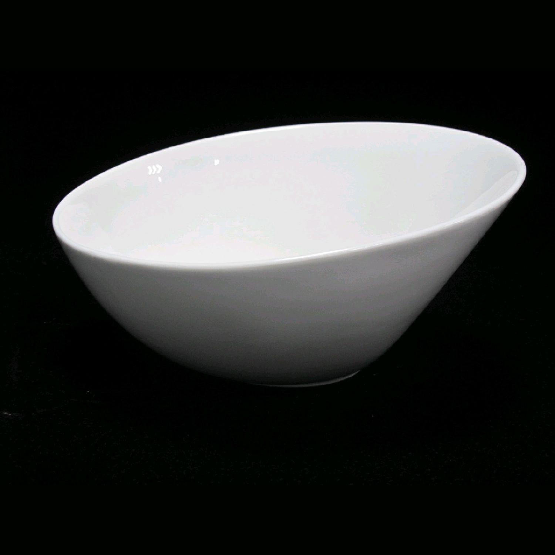 TUDOR ENGLAND Салатник 20.7 смФарфор Tudor England – идеальное посудное решение для любой семьи или ресторана благодаря доступной цене, отличному внешнему виду и высокому качеству, прочности и долговечности, привлекательному дизайну и большому ассортименту на выбор. Важным преимуществом является возможность использования в микроволновой печи, духовке (до 280 градусов) и мытья в посудомоечной машине. Линейка Tudor Ware производилась с 1828 года, поэтому фарфор Tudor England является наследником традиций, навыков и технологий ушедших поколений, что отражается в каждой из наших фарфоровых коллекций.<br>