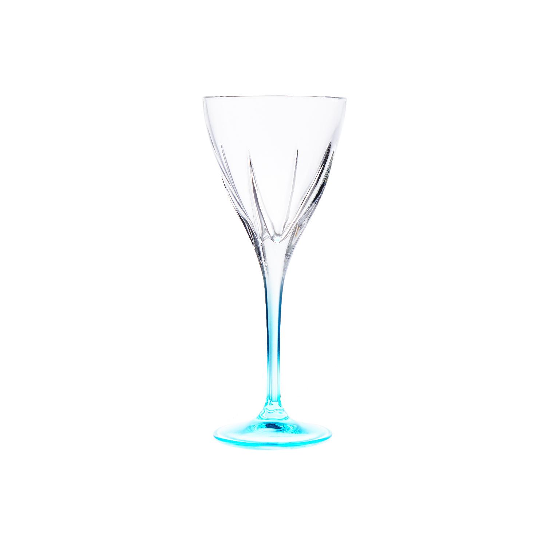 Набор бокалов д/красного вина 250 мл 6 шт FUSION COLOURSНабор бокалов для красного вина Фьюжн колорс представляет собой стильный и яркий выбор для создания настроения на любой вечеринке. Комплект имеет единый дизайн, отличающийся лаконичностью и элегантностью форм, но тонкая ножка и подставка каждого бокала окрашена в индивидуальный цвет. Это не только привнесет в ваше торжество дополнительные краски и оживит мероприятие, но и позволит гостям не перепутать свой бокал с чужим. Серия выполнена из высококачественного стекла, которое изготавливается без применения свинца. Набор бокалов для красного вина Фьюжн колорс украсит любой праздник.<br>
