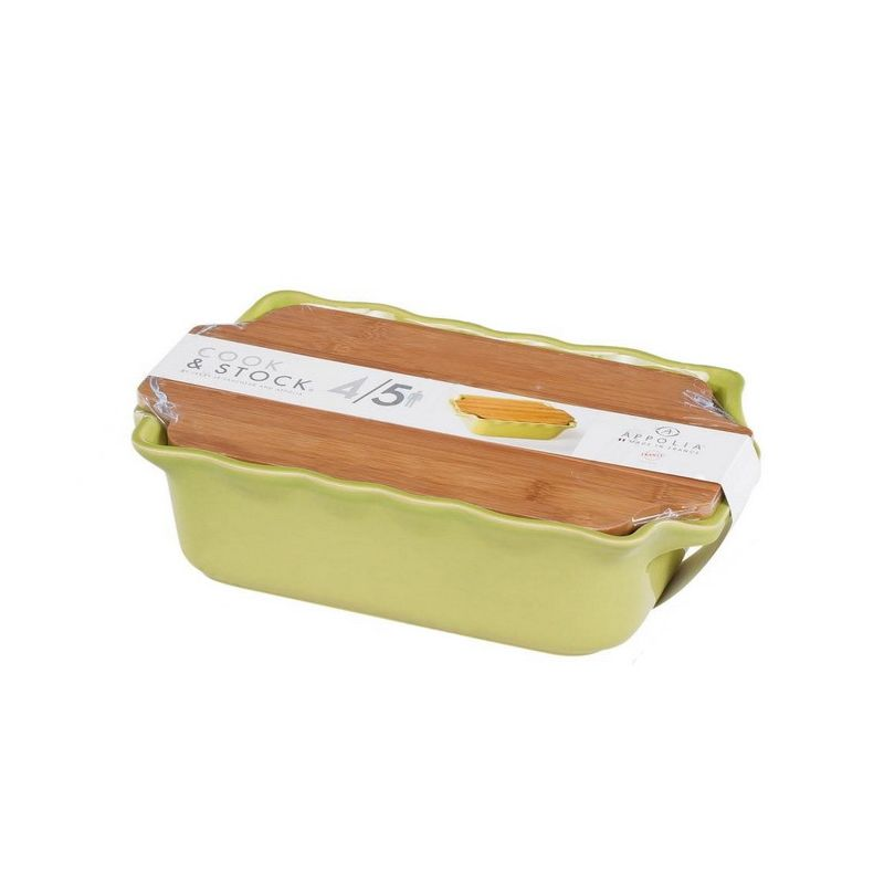 Форма д/запекания с доcкой 2,7 л 33х20х9 см BAMBOO GREENВ оригинальной  коллекции Cook&amp;Stock присутствуют мягкие цвета трех оттенков. Закругленные углы облегчают чистку. Легко использовать.  Компактное хранение.  В комплекте натуральные крышки из бамбука, которые можно использовать в качестве подставки, крышки и разделочной доски. Прочная жароустойчивая керамика экологична и изготавливается из высококачественной глины. Прочная глазурь устойчива к растрескиванию и сколам, не содержит свинца и кадмия. Глина обеспечивает медленный и равномерный нагрев, деликатное приготовление с сохранением всех питательных веществ и витаминов,  а так же долго сохраняет тепло, что удобно при сервировке горячих блюд.  Форму без крышки можно мыть в посудомоечной машине, использовать в микроволновой печи и хранить в морозильной камере.<br>