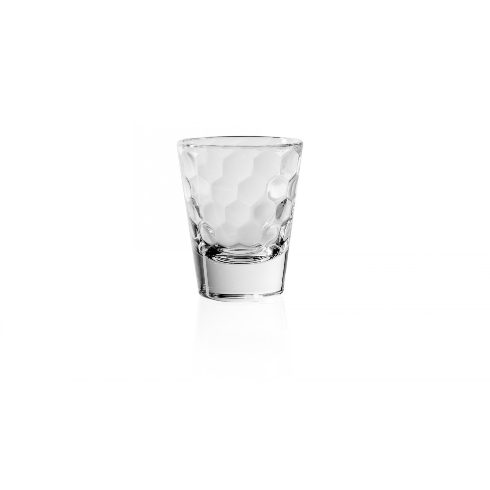Стопка для водки 80 мл. HONEYСтопка для водки итальянского  производителя Vidivi сделана из высококачественного стекла. Необычный дизайн и форма украсят любой интерьер. Она  отлично впишется в уже имеющуюся коллекцию вашей посуды или станет хорошим подарком для ваших друзей и близких.<br>