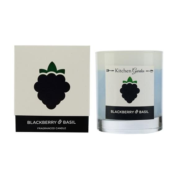 Свеча ароматическая в стекле Ежевика и базиликКомпания Wax Lyrical больше 30 лет производит ароматы для дома. Ароматические свечи заполнят все пространство восхитительным запахом и создадут уютную атмосферу. Вы и все ваши гости насладитесь каждым вдохом!<br>