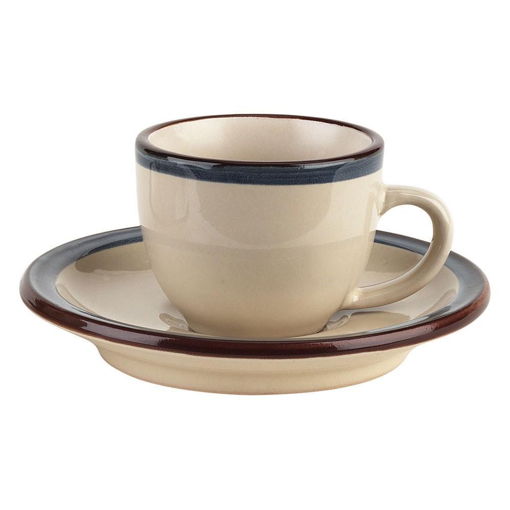 Чашка с блюдцем кофейная FOGOLAR WINTER 95 млНежная и утонченная кофейная пара молочного цвета от итальянского бренда Tognana - это высококачественная фарфоровая посуда, которая будет радовать вас каждый раз, когда Вы захотите насладиться любимым напитком. Удобная и эргономичная форма, а также подходящий для эспрессо размер делает пару из этой коллекции самой любимой в домах по всему миру.<br>