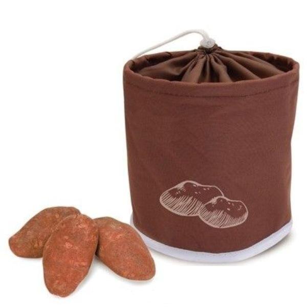 Сумка для хранения картошкиСумка для хранения картофеля от Iris поможет вам в ежедневном быту. С ней вы с легкостью сохраните картофель свежим благодаря тому, что в сумке имеются сетчатые вставки для вентиляции.<br>