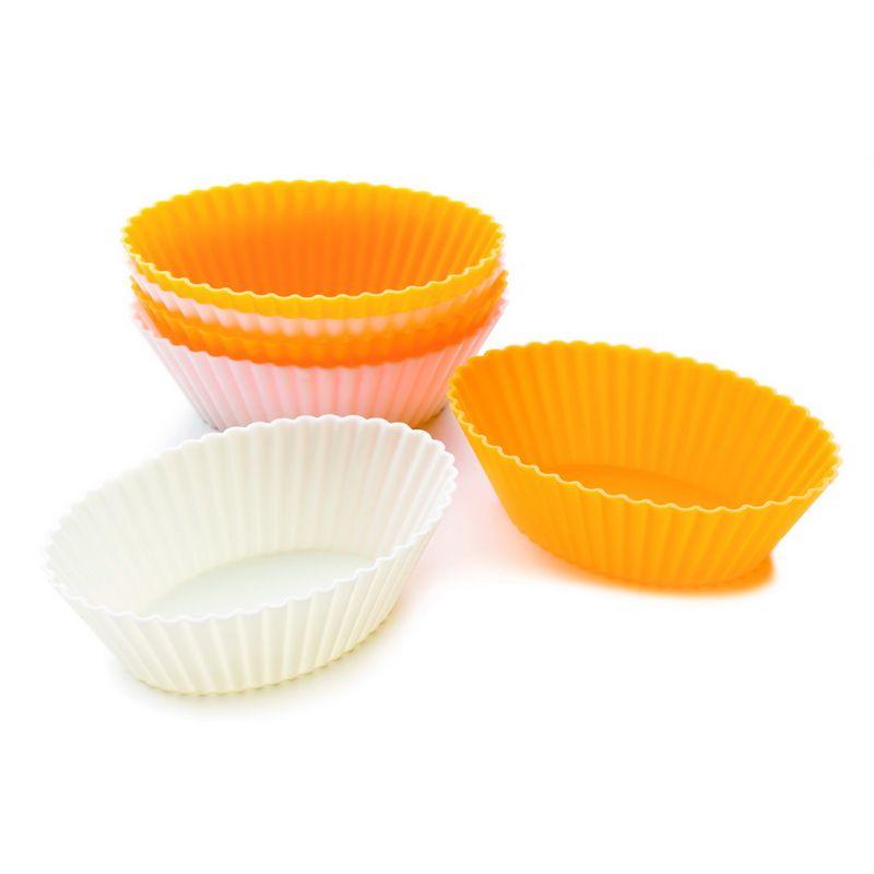 Набор для выпечки кесов овальный 6 шт размерНабор для выпечки кексов овальный пригодится любой хозяйке. С их помощью можно порадовать своих близких вкусной выпечкой. Формочки сделаны из силикона, сырья, которое можно считать качественным и безопасным для здоровья. В комплекте предусмотрено 6 форм, этого будет достаточно, чтобы испечь к чаю вкусные кексы. Эластичность материала позволяет без труда извлечь выпечку, предварительно формы не понадобится смазывать маслом. Набор для выпечки кексов выдерживает воздействие высоких температур, он не является токсичным. После приготовления кексов формочки легко очищаются и вымываются.<br>