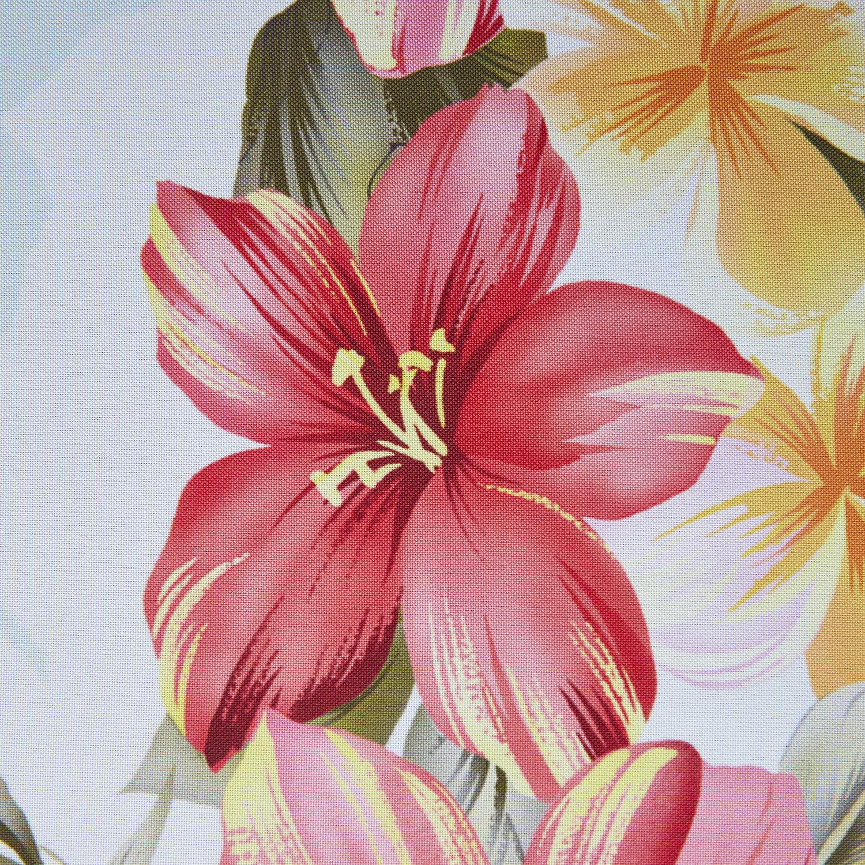 Скатерть Hawaii Габардин 140x180Скатерть Hawaii – прекрасное средство для создания яркого акцента на кухне. Красные и желтые цветы эффектно выделяются на фоне белого фона и будут смотреться стильно в любом интерьере.Практичный материалСкатерть сделана из габардина. Он практически не мнется, не впитывает влагу, сохраняет форму. Его легко стирать и гладить, а рисунки на нем очень долго сохраняют красоту и яркость. Прямо сейчас вы можете купить скатерть Гавайи Магиа Густо в нашем магазине Cookhouse, и мы доставим ее в ближайшие дни курьером лично в руки или службой Boxberry. При заказе от определенной суммы доставка производится бесплатно.<br>