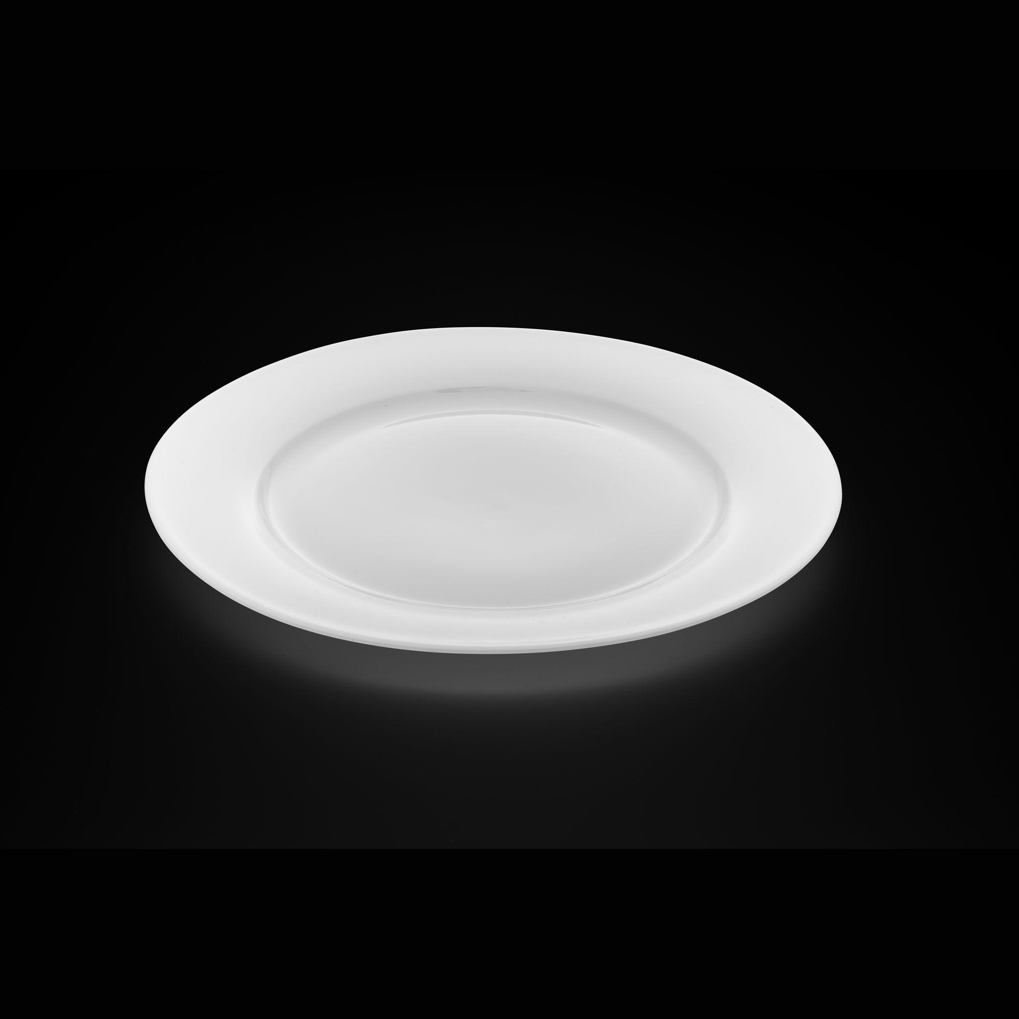 TUDOR ENGLAND Тарелка обеденная 26.7 смФарфор Tudor England – идеальное посудное решение для любой семьи или ресторана благодаря доступной цене, отличному внешнему виду и высокому качеству, прочности и долговечности, привлекательному дизайну и большому ассортименту на выбор. Важным преимуществом является возможность использования в микроволновой печи, духовке (до 280 градусов) и мытья в посудомоечной машине. Линейка Tudor Ware производилась с 1828 года, поэтому фарфор Tudor England является наследником традиций, навыков и технологий ушедших поколений, что отражается в каждой из наших фарфоровых коллекций.<br>