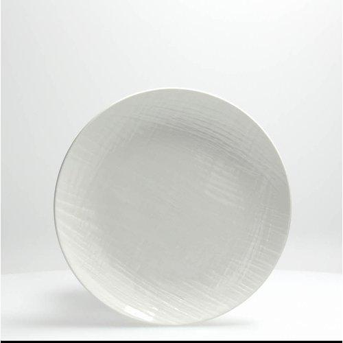 Тарелка десертная 21 см VICTORIA белаяТарелка десертная VICTORIA - это образец изысканной формы и элегантного декора. Стиль и высокое качество качество - отличительные черты продукции Tognana.<br>
