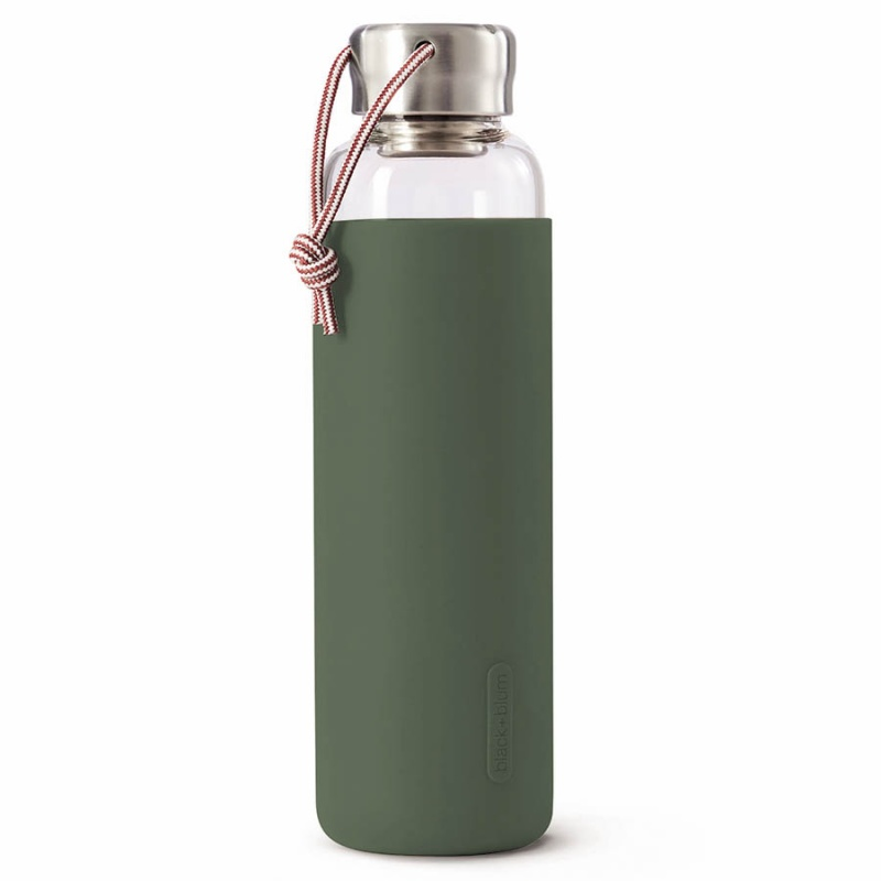 Бутылка для воды стеклянная 600 мл Black+Blum оливковая.