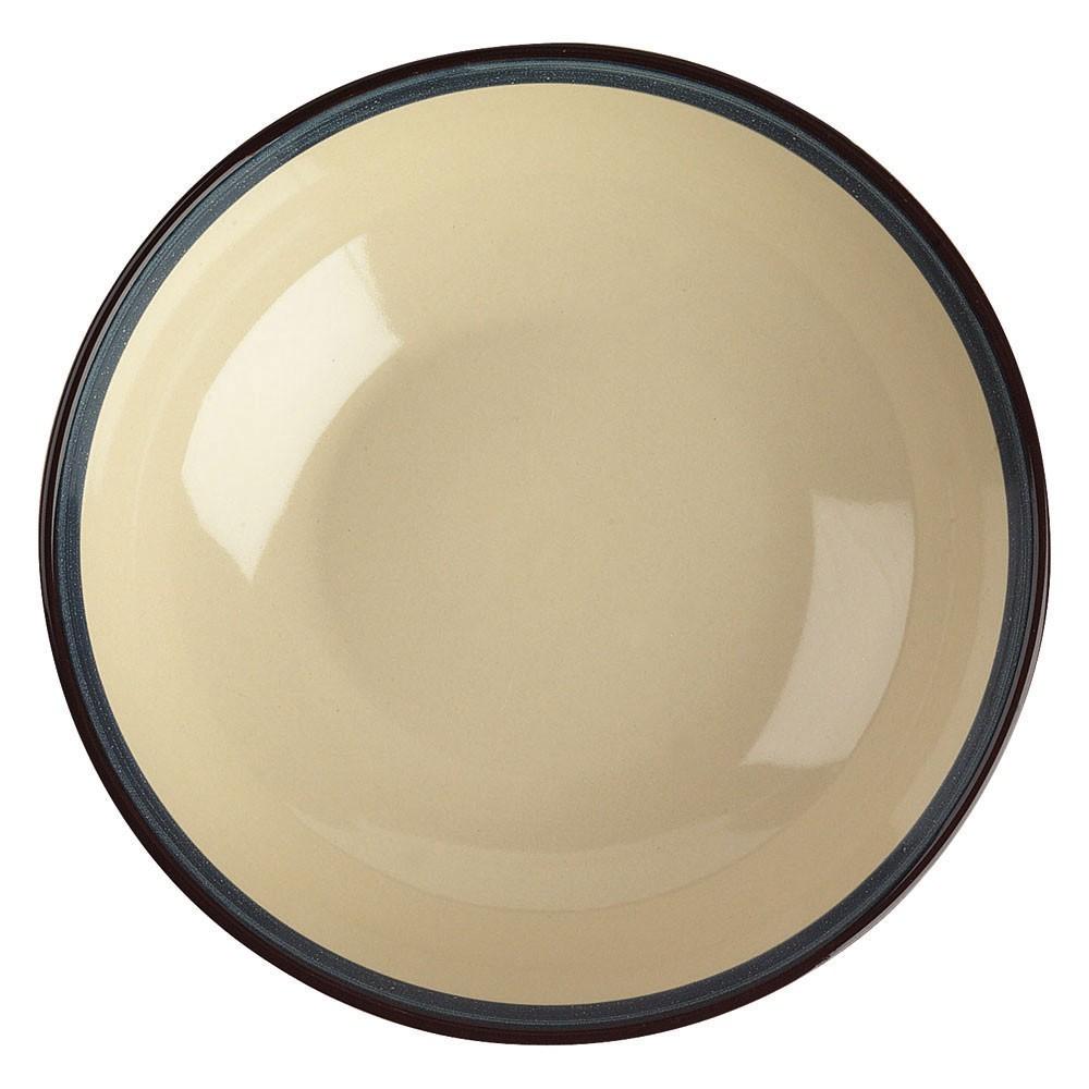 Тарелка суповая FOGOLAR WINTER д.20 смТарелка суповая FOGOLAR WINTER от итальянского бренда TOGNANA прекрасно дополнит сервировку Вашего обеденного стола и подарит хорошее настроение. Посуда выполнена из прочного фарфора с яркой каймой синего цвета. Серия FOGOLAR была создана под впечатлением от умиротворённости деревенской жизни, её простоты и чистоты природы. Итальянская марка TOGNANA выпускает кухонную посуду, аксессуары, предметы интерьера и линию посуды для профессионального использования из качественный, экологически чистых материалов в изысканном и утончёном стиле. Диаметр: 20 см.<br>