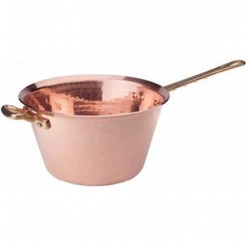 Ковш медный с двумя ручкамиPintinox производит качественные и стильные столовые приборы и посуду, созданные для ежедневного домашнего и профессионального применения. Все предметы созданы с любовью, поэтому пользоваться ими и приятно, и удобно.<br>