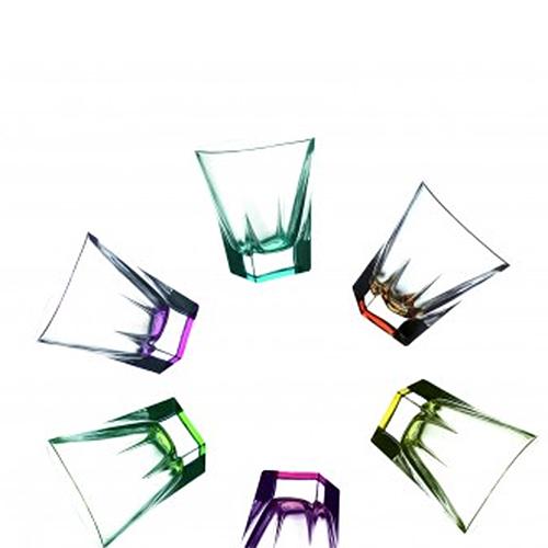 Набор стаканов д/виски 6 штук FUSION 270мл разноцветныеНабор стаканов для виски из 6 разноцветных стопок FUSION 270 мл  исполнен в современном дизайне в сочетании  с практичностью и роскошью. Свинцовый хрусталь объединяет в себе твердость<br>