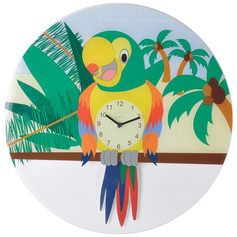 настенные часы LORREНастенные часы Лорри станут удачным выбором как для детской комнаты, так и для различных детских центров, студий, семейных кафе и прочих заведений. Основа модели изготовлена из прочного стекла с ярким и красочным принтом, который понравится малышам и создаст в комнате атмосферу уюта. Циферблат с арабскими цифрами будет привычен и понятен ребенку, и он сможет быстро научиться распознавать время суток по таким часам. Изделие функционирует от стандартных батареек и отличается экономичным энергопотреблением. Настенные часы Лорри оборудованы петлей для подвешивания на стену.<br>