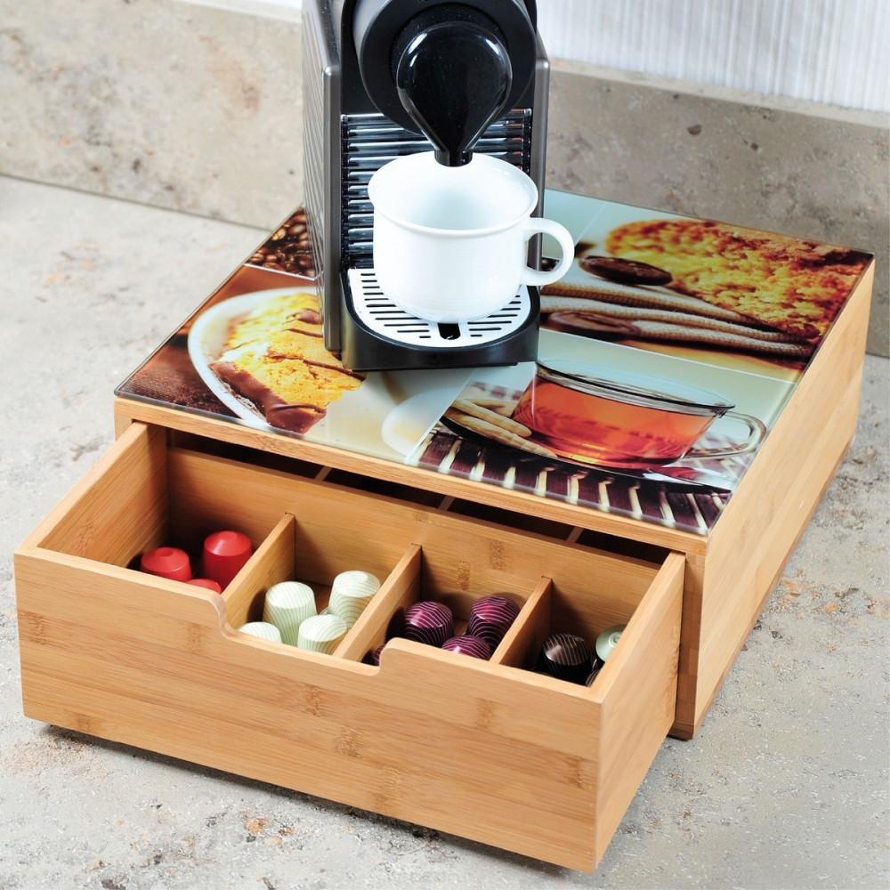 Коробка для хранения чаяКоробка сделана из дерева и предназначена для хранения чая. Это оригинальный способ всегда сохранять порядок. Подайте вместе с чаем эту удивительную коробочку и ваши гости не останутся равнодушными.<br>
