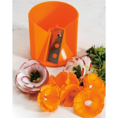 Точилка для морковиНемецкая компания Borner предлагает продукцию очень высокого качества. Точилка используется для спиральной нарезки овощей. С помощью такой точилки вы получите из обычных блюд настоящие произведения искусства.<br>