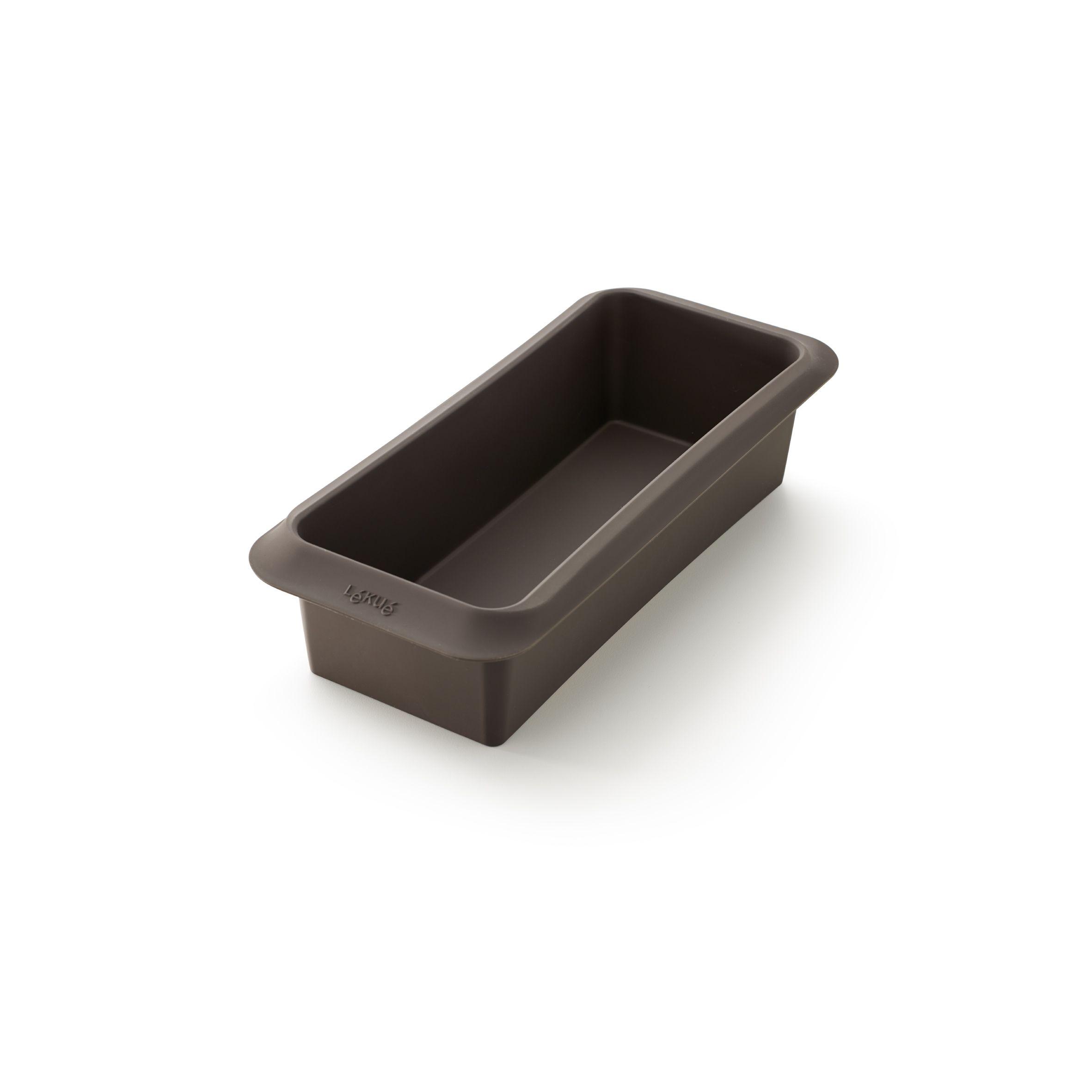Форма для выпечки хлеба-буханкиФорма для выпечки хлеба-буханки Лекуэ – предмет, который непременно должен быть в коллекции посуды любой хозяйки. Изделие компании Lekue выполнено из материала высокого качества, созданного по особой технологии. Оно отличается максимальной прочностью, износостойкостью, устойчивостью к высоким температурам. Прелесть силиконовой формы для выпечки хлеба или кексов в том, что приготовленную буханку очень просто извлечь. Кроме того, саму форму удобно использовать при подъеме теста и его замешивании. Купите форму для выпечки хлеба-буханки, и вы сможете оптимизировать свою работу на кухне и получить изделия высокого качества.<br>