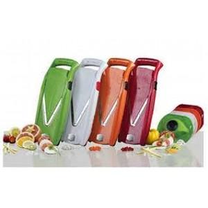 Овощерезка комплект ПРИМА ПЛЮС (5 предметов) краснаяТерка имеет возможность нарезать разные овощи. Комплект из 5 предметов станет незаменимым помощником на вашей кухне. Процесс приготовления прекрасных кулинарных блюд станет невероятно быстрым.<br>
