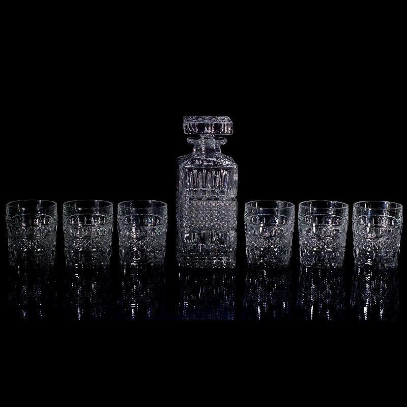 Набор для виски: штоф 700 мл + 6 стаканов 240 млНабор для виски от CRYSTAL BOHEMIA создан специально для украшения стола и получения эстетического удовольствия. Он предназначен для распития виски. Необычный дизайн и отличное качество выгодно отличают этот набор от всех остальных.<br>