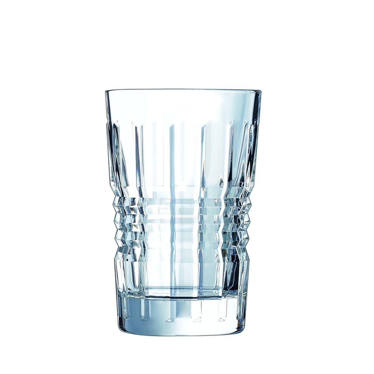 Набор стаканов высоких 6 шт 280 млНабор высоких стаканов RENDEZ-VOUS от Cristal DArques подойдет для сервировки любого стола: будь это торжество с размахом или тихий семейный праздник. Шесть стаканов объемом 280 мл идеальны для изящной подачи как холодных напитков, так и теплого глинтвейна. Смелый дизайн коллекции RENDEZ-VOUS пронизан духом 1930-х годов, стилем ар-деко: сочетание оригинальных геометрических форм с дорогими современными материалами создает неповторимый стиль посуды. Выполненные из сверхпрочного материала – хрустального стекла бокалы устойчивы к ударам и царапинам, их можно доверить посудомоечной машине, и они не потускнеют и не пожелтеют, сохраняя первозданный блеск и чистоту, спустя даже 500 циклов мойки. Уникальный состав хрустального стекла отличается экологичностью по сравнению с обычным хрусталем, в составе которого содержится значительная доля свинца. Позвольте себе роскошь и шик на вашем столе, украсив его набором высоких стаканов коллекции RENDEZ-VOUS французского бренда Cristal DArques.<br>