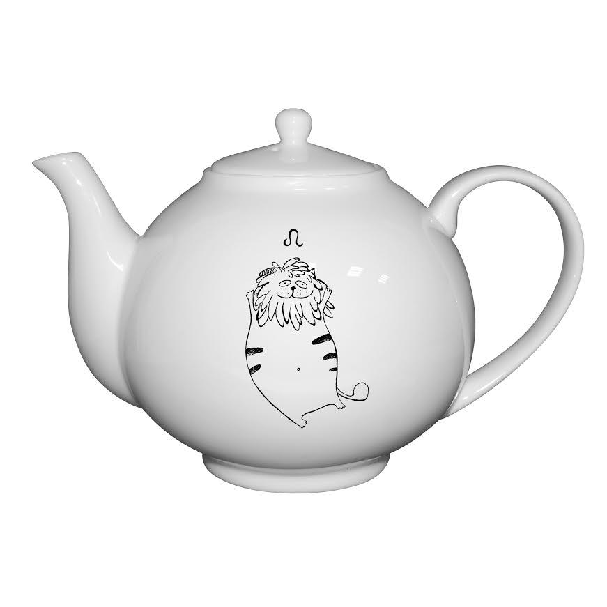 Чайник Кот-лев, 1000 млУтонченный чайник Кот-лев изготовлен из костяного фарфора, отличается прочностью и долговечностью. Чайник станет незаменимым атрибутом сервировки как повседневного приема пищи, так и праздничного застолья. Объем модели подойдет для заварки различных чайных сортов. Изделие станет незаменимым атрибутом сервировки как повседневного приема пищи, так и праздничного застолья. Модель украшена затейливым рисунком.<br>