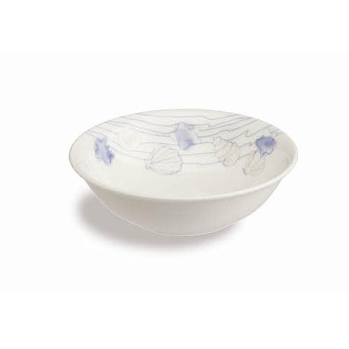 Набор салатников 3 шт PERLA CONCHIGL d16 смНабор салатников 3 шт Перла Кончигл станет не только практичным, но и стильным элементом оснащения вашей кухни. При помощи представленных изделий вы сможете красиво сервировать праздничный или повседневный стол. Салатники изготавливаются из фарфора. Этот материал отлично ведет себя при длительном регулярном использовании, сохраняя первоначальный вид и не покрываясь царапинами и потертостями. Стильный лаконичный дизайн органично дополнит интерьер помещения.<br>